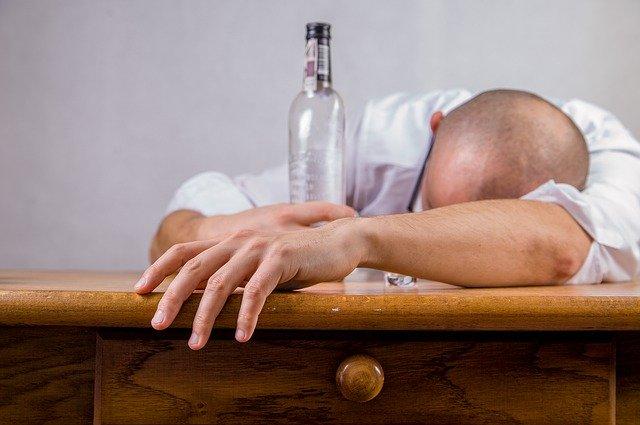 Hangover se kaise Bache